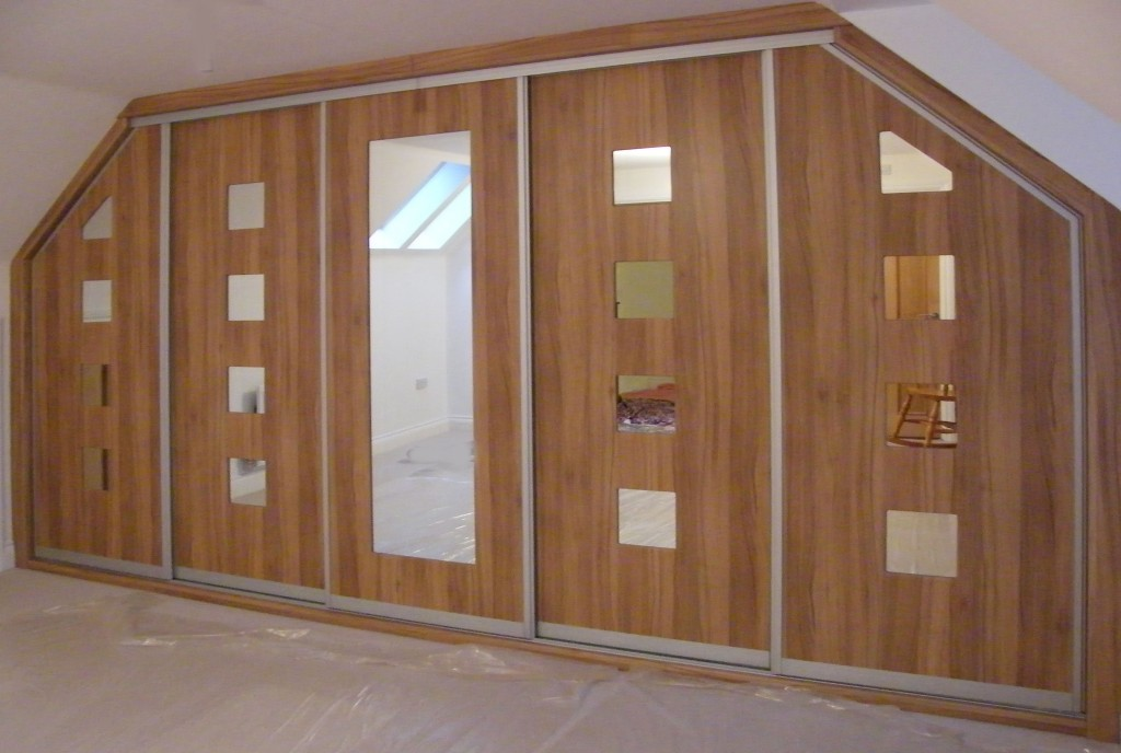 Fitted bedroom furniture & built in wardrobes
