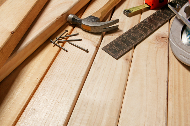 Need a carpenter near St. Neots for decking, kitchens, fitted bedroom furniture